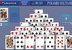 игра в карты пирамида аркадиум