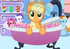 Игры Мой Маленький Пони Эпплджек в ванной