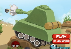 Игрушечный танк на поле битвы
