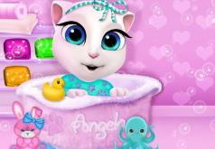 Игра Кошка Анжела принимает ванну